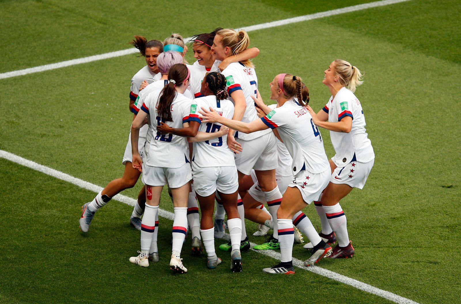 Frauenfußball-WM - Frankreich - USA