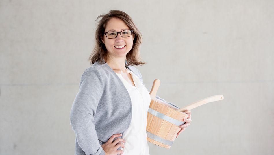 Saunabauerin Daria Reinbold: »Wir sind super dankbar, dass wir zu den Branchen gehören, denen es auch während Corona gutgeht«