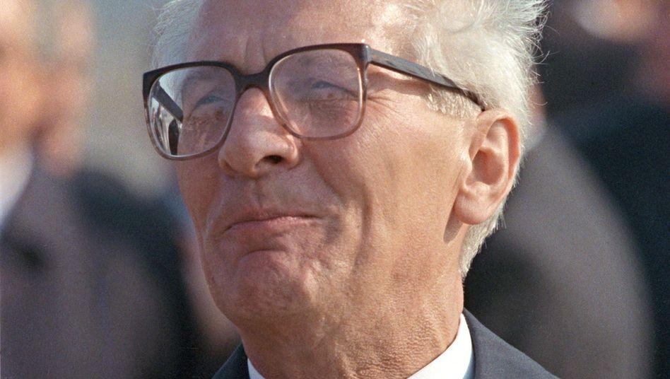 """DDR-Staats- und Parteichef Honecker (im Jahr 1989): Neue BND-Details über """"Honi"""""""