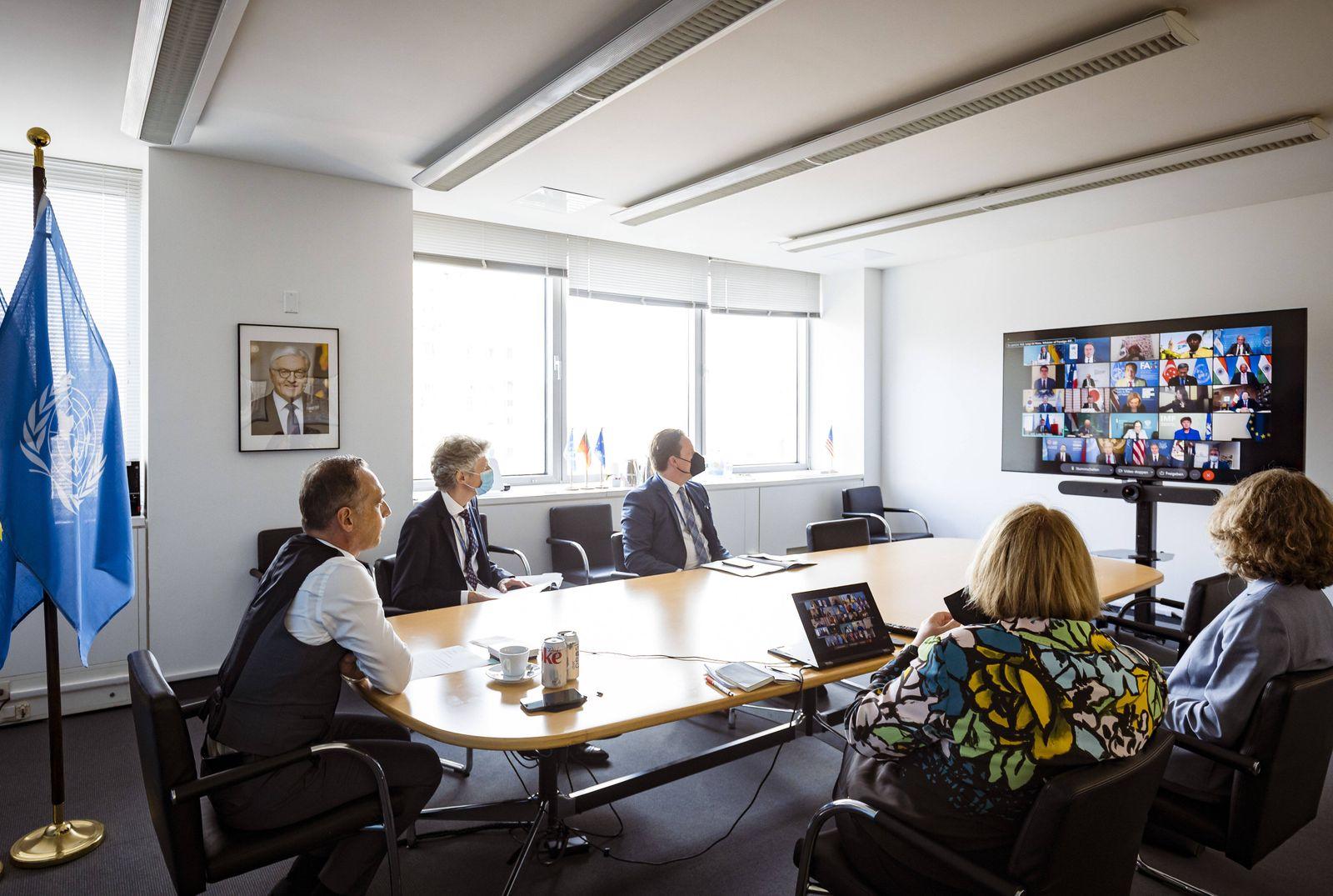 Bundesaussenminister Heiko Maas, SPD, aufgenommen bei einem Virtuellen G20-Aussenministertreffen zum Thema Afghanistan,