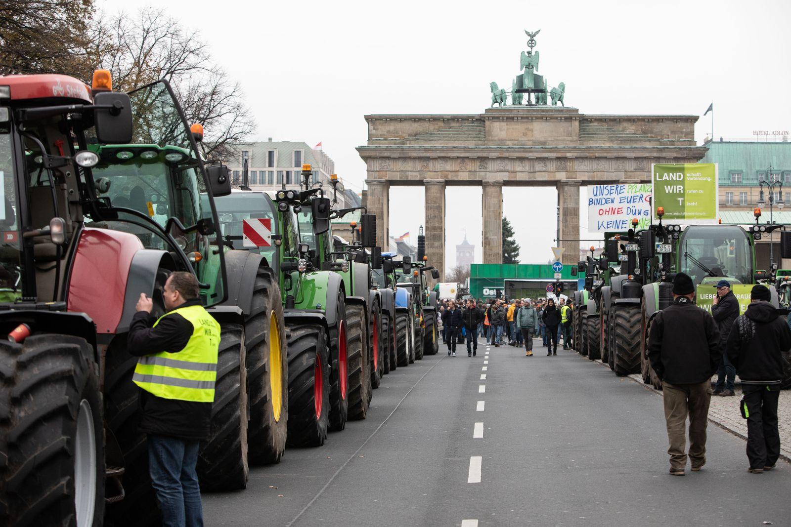 Berlin/ Proteste/ Bauern/ Traktoren