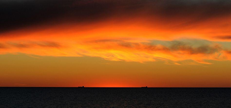 Indischer Ozean bei Sonnenuntergang: Die vermeintliche Pause der Erderwärmung beruht offenbar auf mangelhaften Daten.
