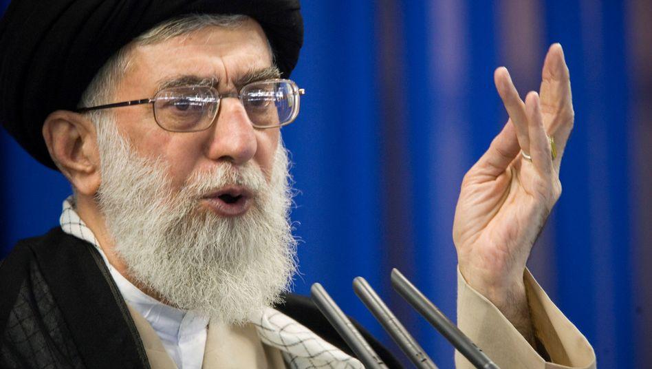 Ajatollah Khamenei: Angriff gegen Demonstranten