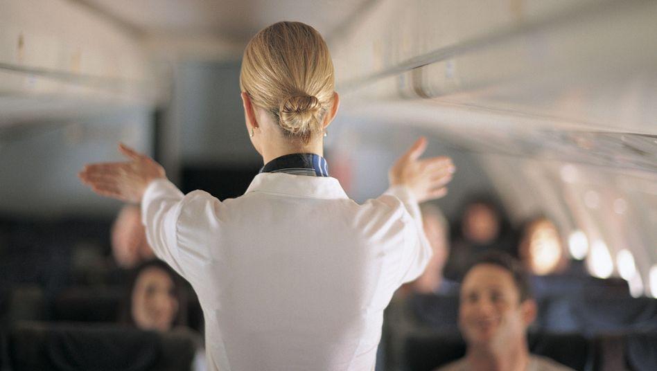 Flugbegleiter mit Job-Frust: Wo ist hier der Notausgang?