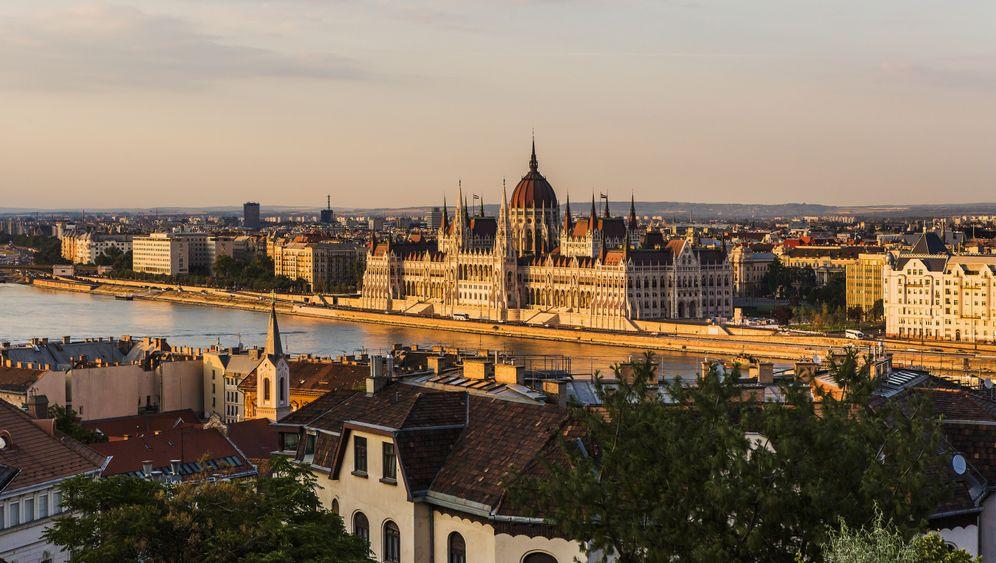 Winter-Reisekasse: Mit dem Euro günstig auf Tour