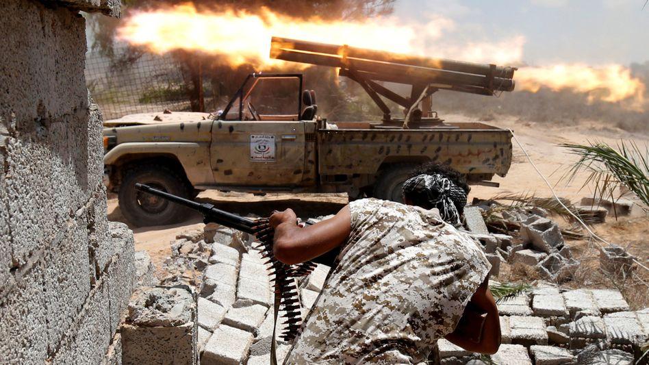 Libyscher Kämpfer in Sirt