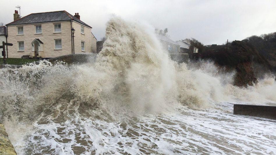 Je höher der Meeresspiegel, desto größer das Risiko von Überschwemmungen bei Sturmlagen