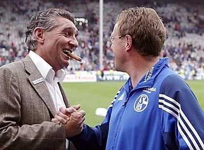 Manager Assauer, Trainer Ralf Rangnick: Rückendeckung von allen Seiten