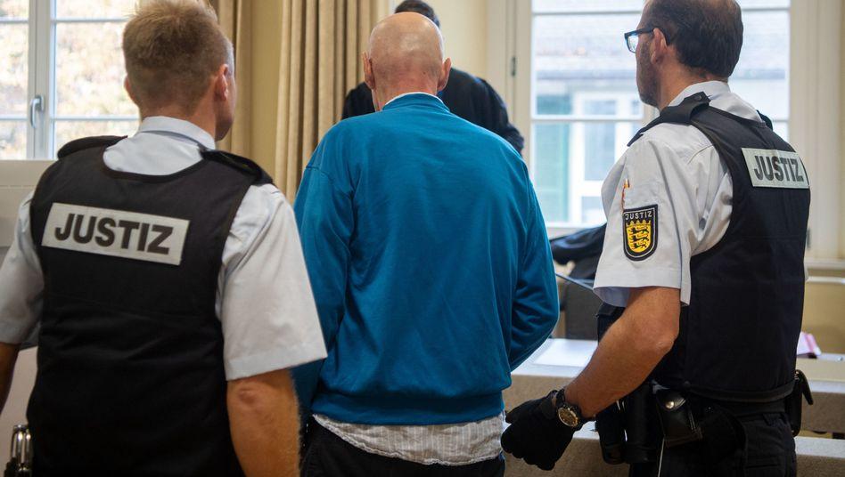 Verurteilter Supermarkt-Erpresser im Landgericht Ravensburg