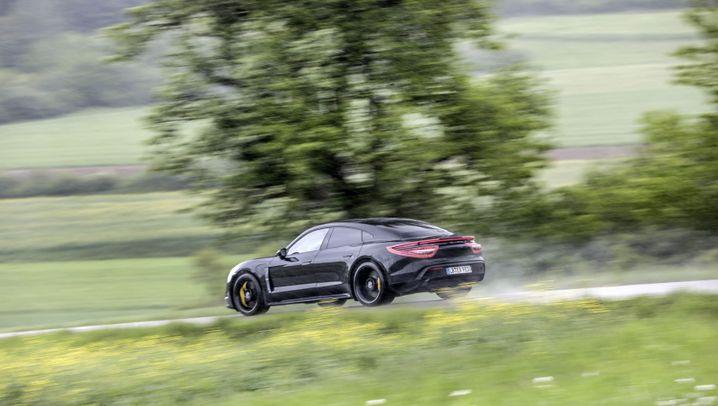 Porsche Taycan: Sag zum Verbrenner leise Servus
