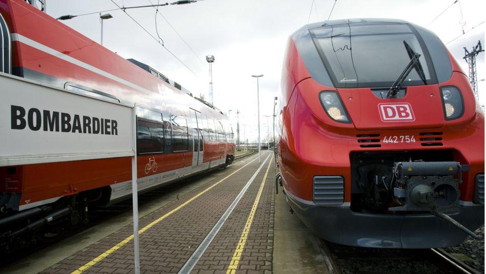 Ein Zug des kanadischen Schienenfahrzeugherstellers Bombardier in Hennigsdorf, Brandenburg (Archivbild).
