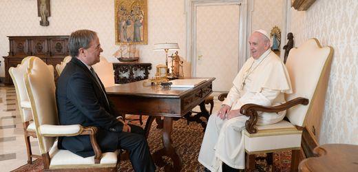 Glaubensfrage bei den Christdemokraten: Wie nahe steht Armin Laschet dem ultrakonservativen Opus Dei?