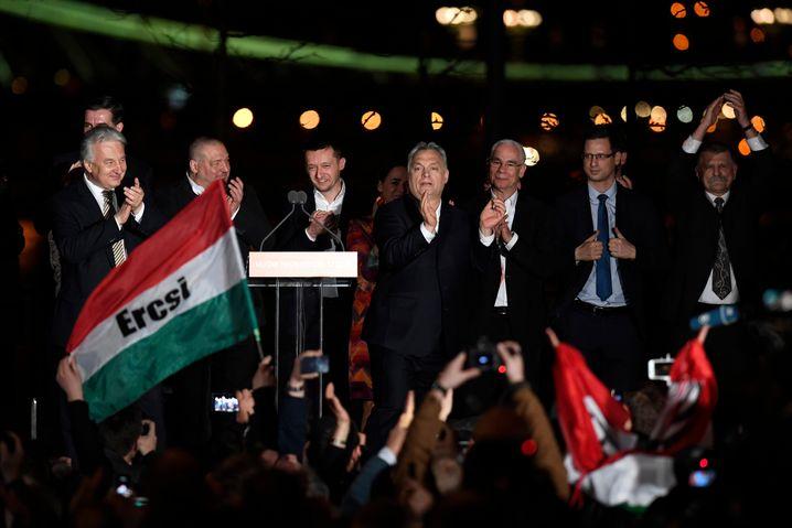 Orbán, Balog