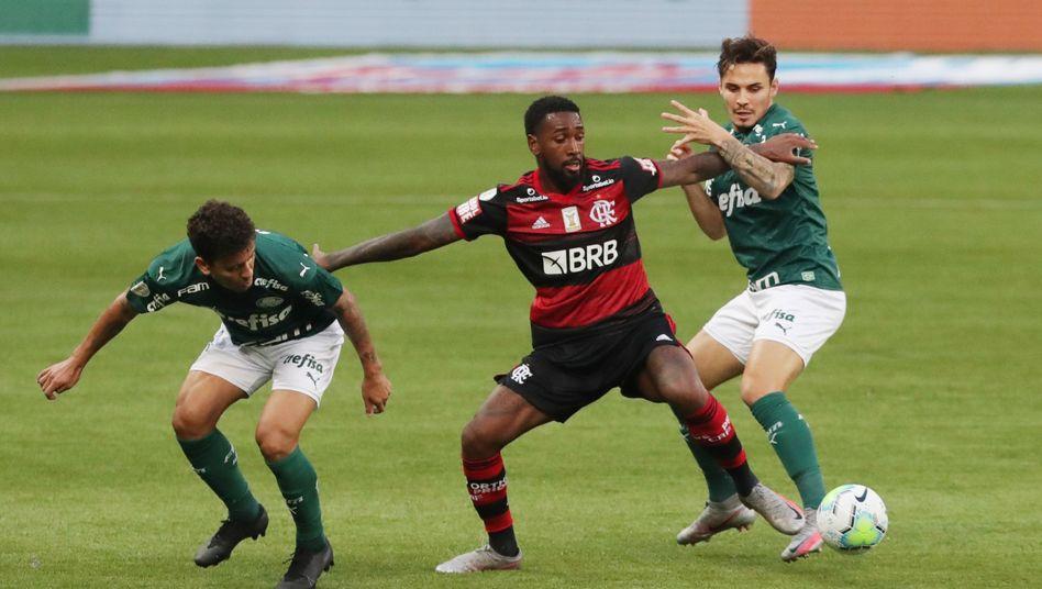 Flamengo trat mit Jugendspielern an und punktete