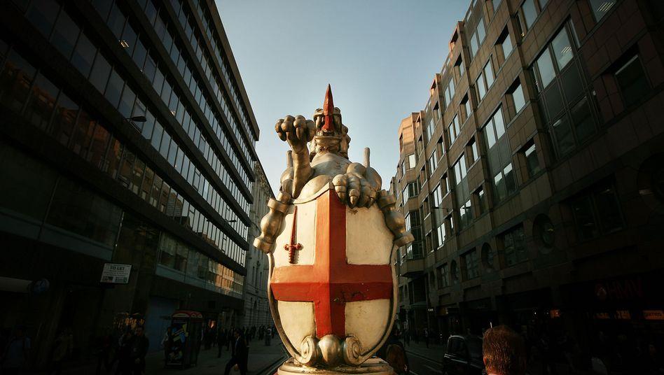 """Eingang zum Finanzdistrikt von London: Nie mehr """"too big to fail""""?"""