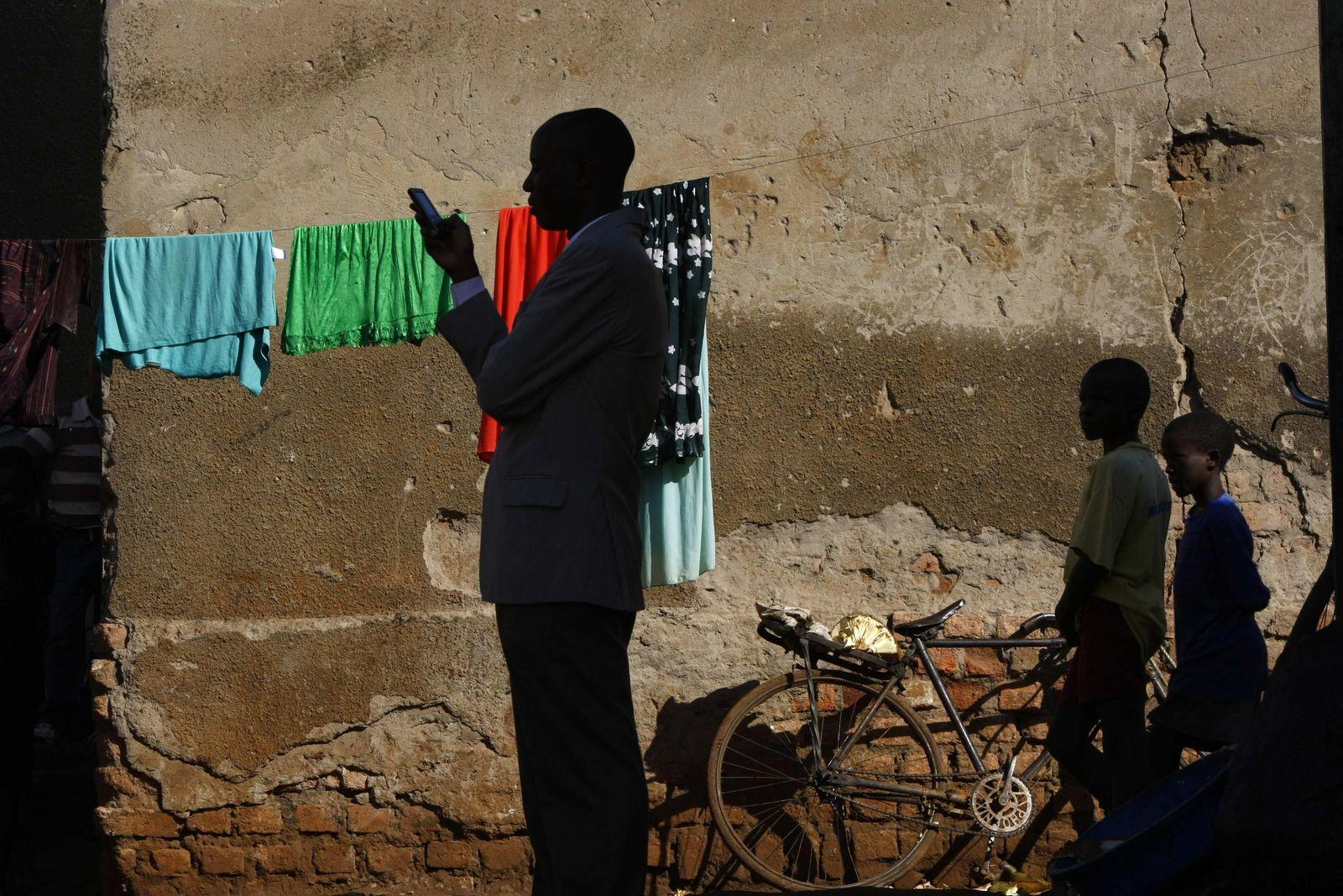 Uganda / Smartphone