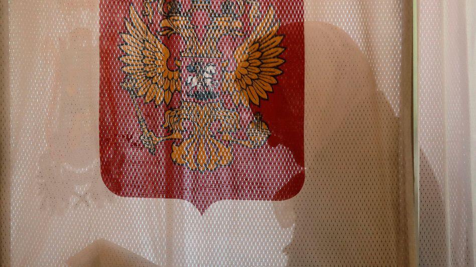 Wählerin in Moskau