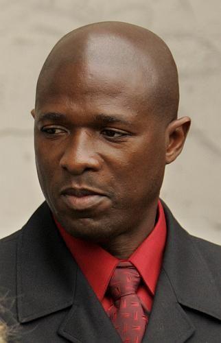 Ex-Trainer Graham (2006): Milde Strafe