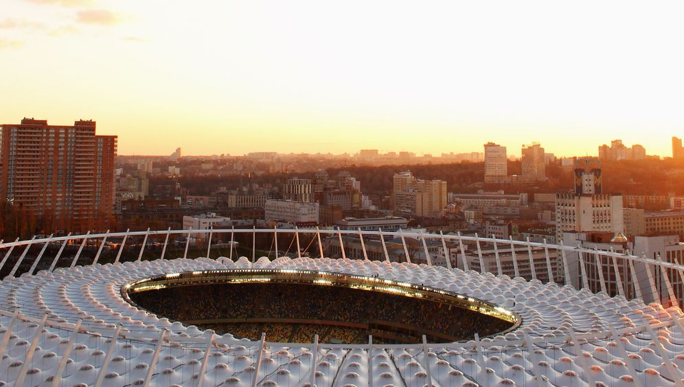 Photo Gallery: Football, Ukraine and the Mafia