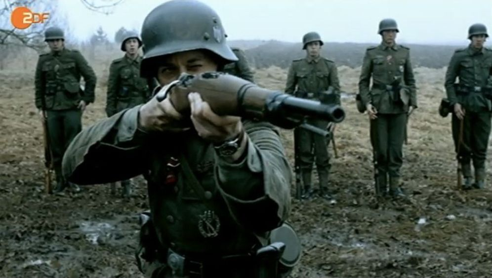 Photo Gallery: Germany's Hit New WWII Miniseries