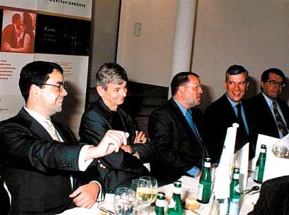 Fischer, Hunzinger und Zuhörer: 131. Politischer Salon