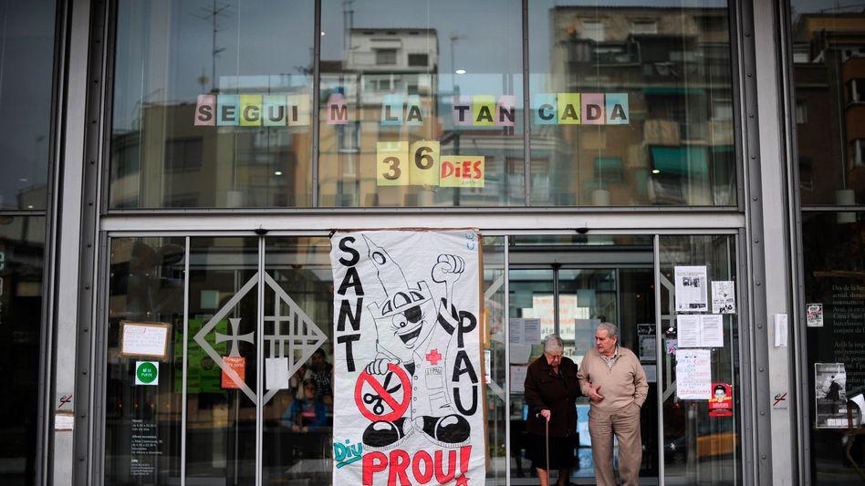 Krankenhaus in Barcelona: Weniger Geld für Arztbesuche und Medikamente