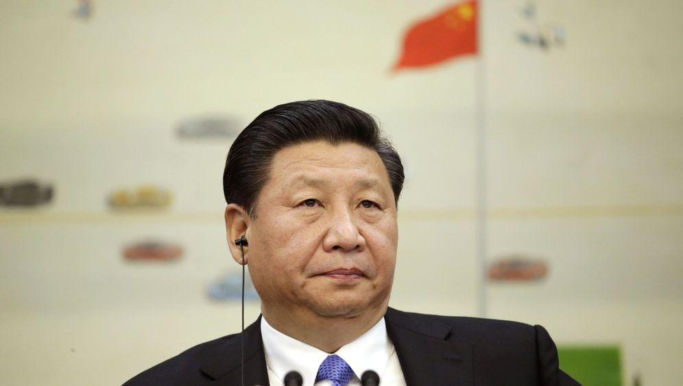 Treffen von China und Taiwan: Handschlag auf neutralem Boden
