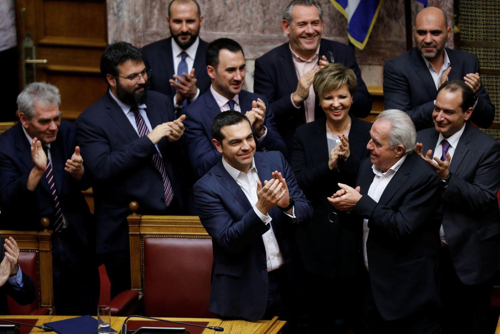 Tsipras Misstrauensvotum