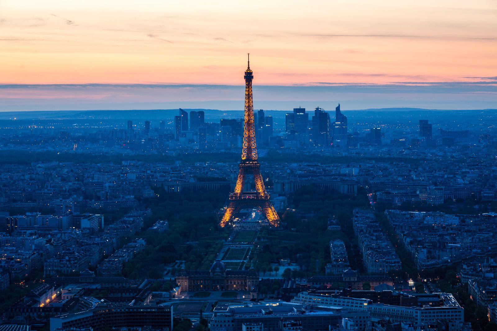 EINMALIGE VERWENDUNG Paris / Eifelturm