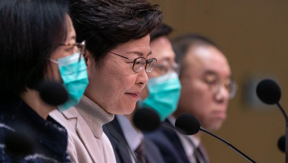 Coronavirus: Hongkong ordnet Quarantäne für alle Besucher aus Festland-China an