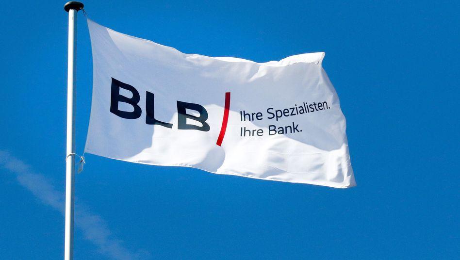Fahne mit BLB-Logo in Bremen