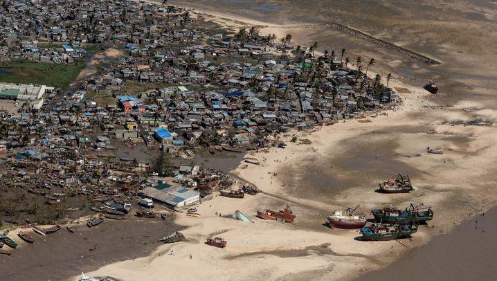 """Nach Zyklon """"Idai"""": Vor dem Nichts"""