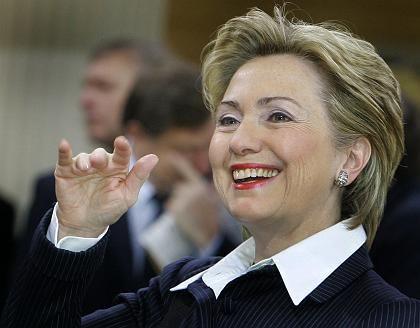 Demokratin Hillary Clinton: Halbherzige Dementis
