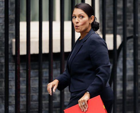 Macht dicht: Ministerin Patel