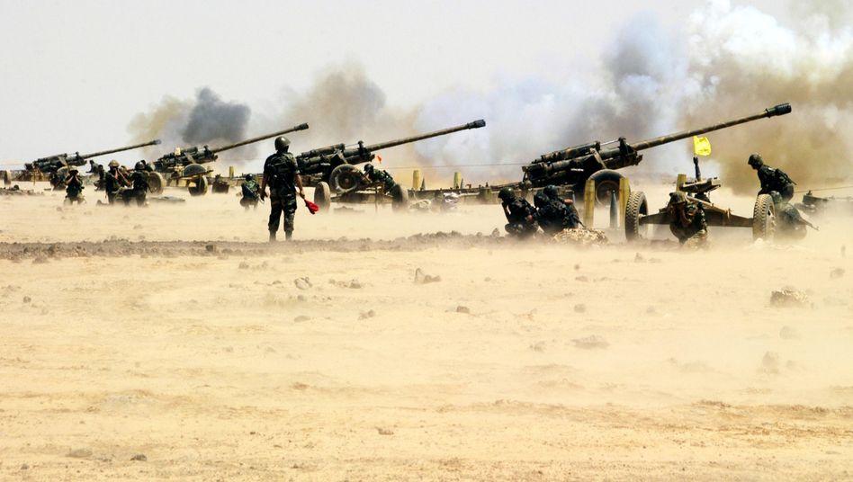 Syrische Armee im Manöver (Archivbild): Opposition beklagt erneutes Massaker