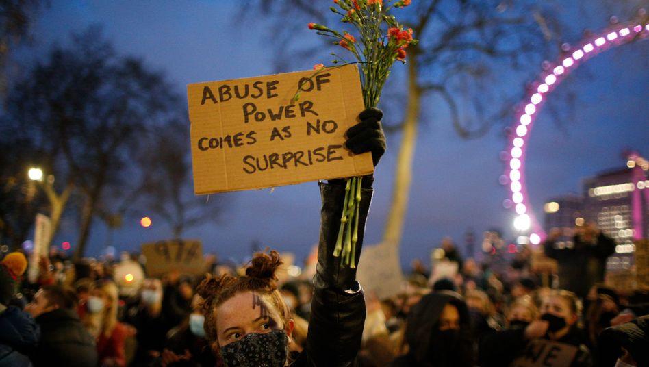 Demonstrieren für die Sicherheit von Frauen in London, 15. März: »Machtmissbrauch ist keine Überraschung«