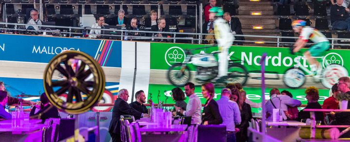 Steher beim Sixday-Rennen in Berlin