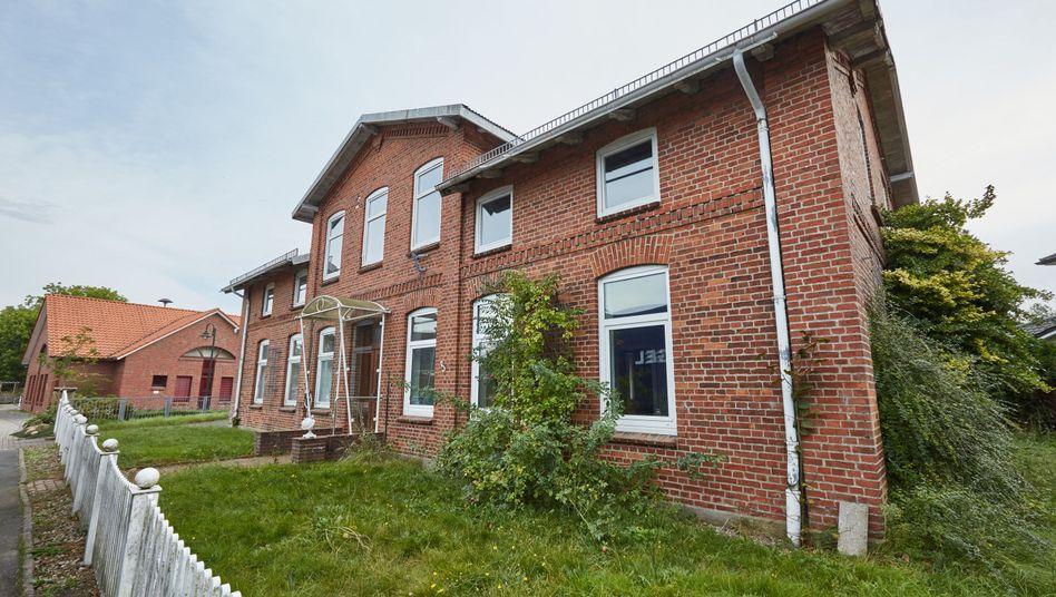 Gebäude in Oersdorf, das als Flüchtlingsunterkunft im Gespräch ist