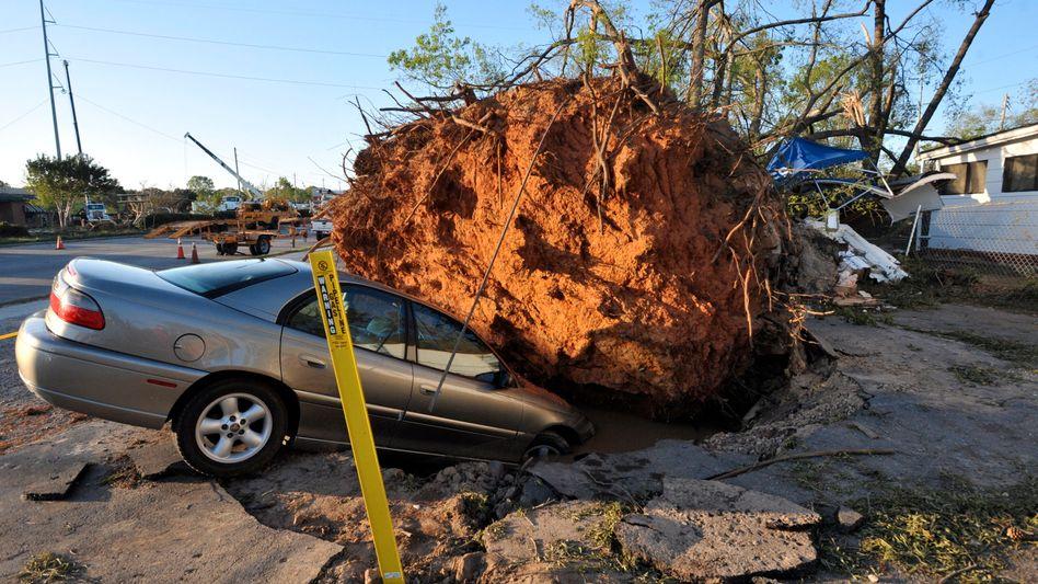 """Tornado-Serie in den USA: """"Haus in zwei Hälften geteilt"""""""