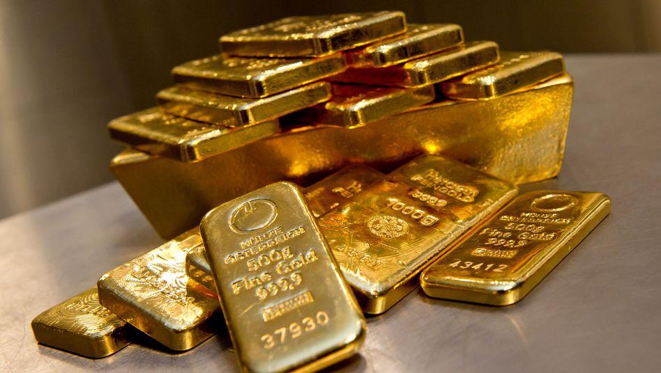 Goldbarren bei einem Münchner Goldhändler