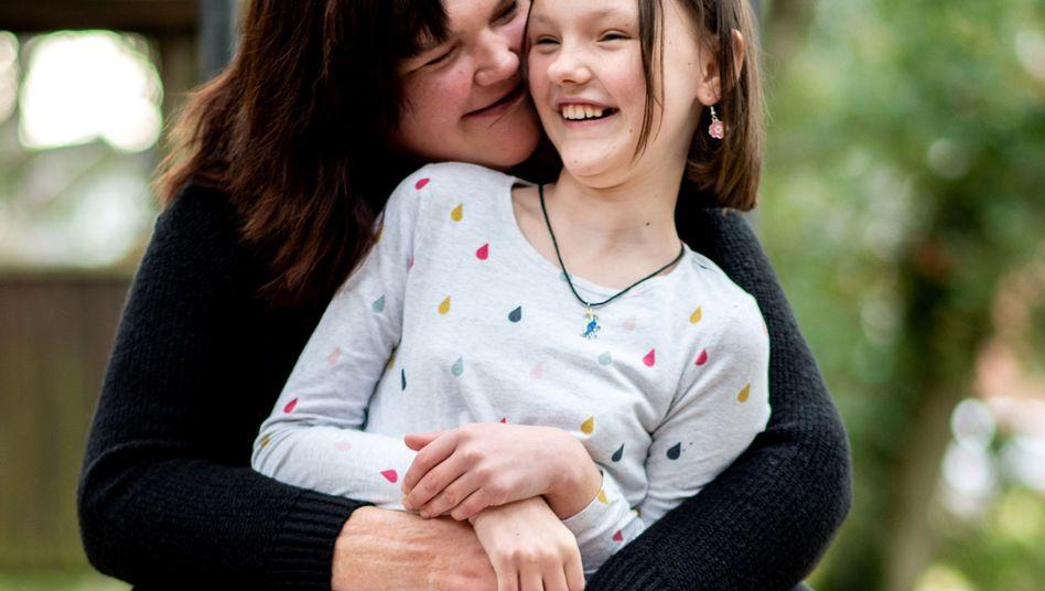Kathrin Schenk und Tochter Tabea haben beide Migräne