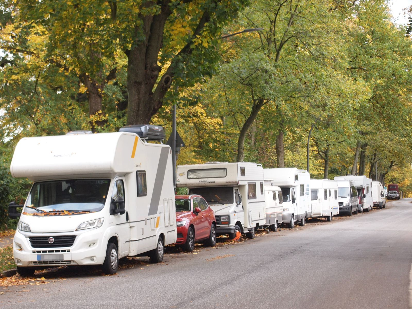 Wohnmobile in Wohngebieten