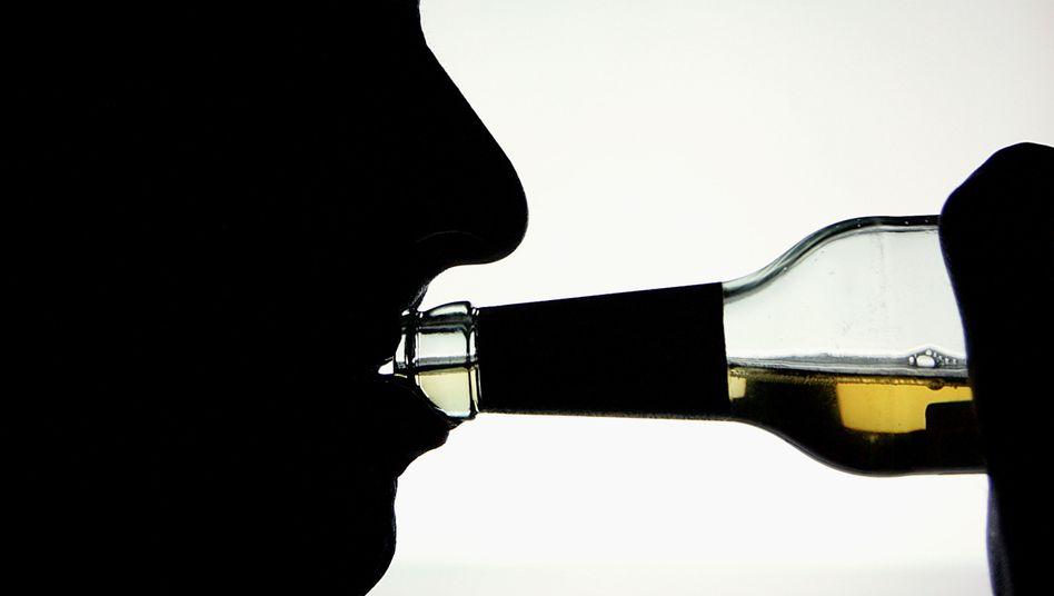 Alkoholtrinker: Erbgut prägt das Risiko einer Sucht