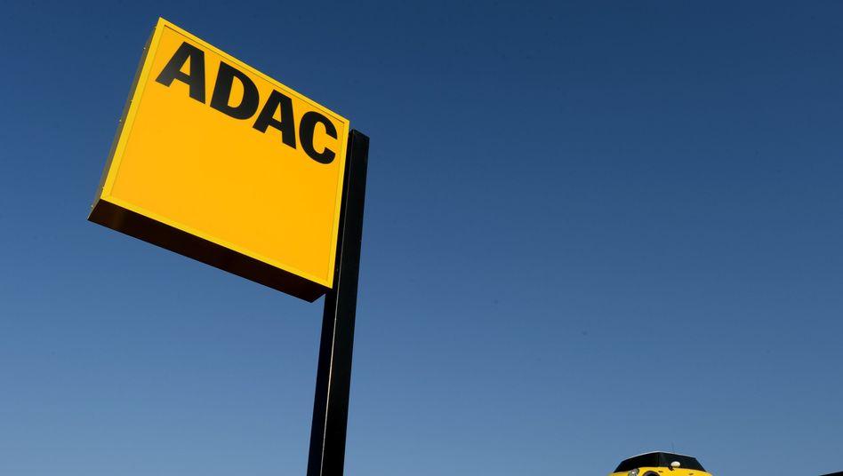 """ADAC-Logo in Potsdam: """"Anhaltspunkte für eine Steuerhinterziehung"""""""