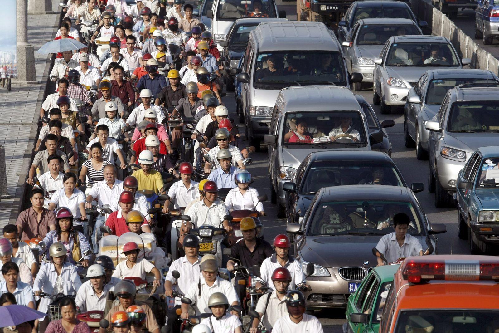 Rushhour in China - Pendler verursachen enorme CO2-Emissionen