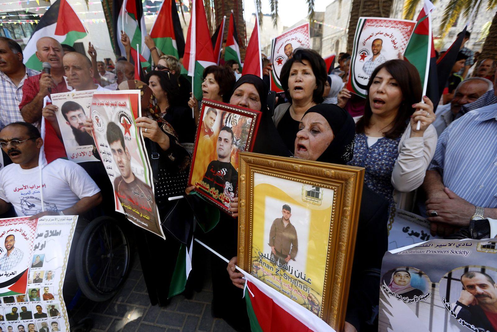 Palestinians demonstrieren für Freilassung Gefangene