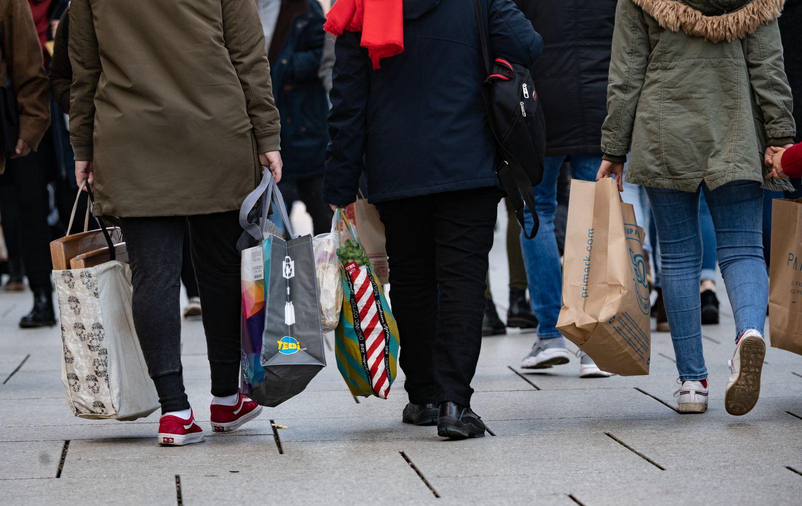 Einzelhandel / Verbraucher / Konsum /