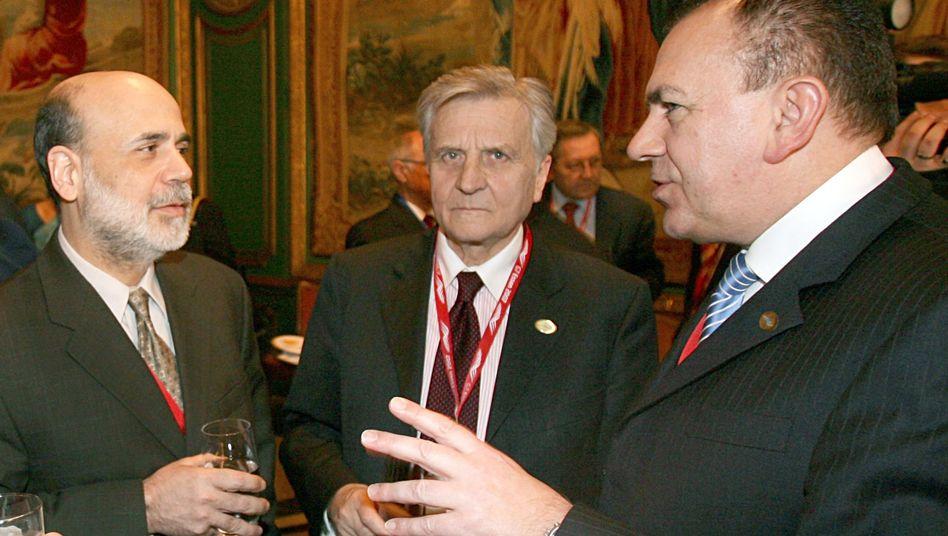 Bernanke, Trichet im Februar 2007 mit Ex-Bundesbank-Chef Weber (r.): Ratschläge für Investorenprofis