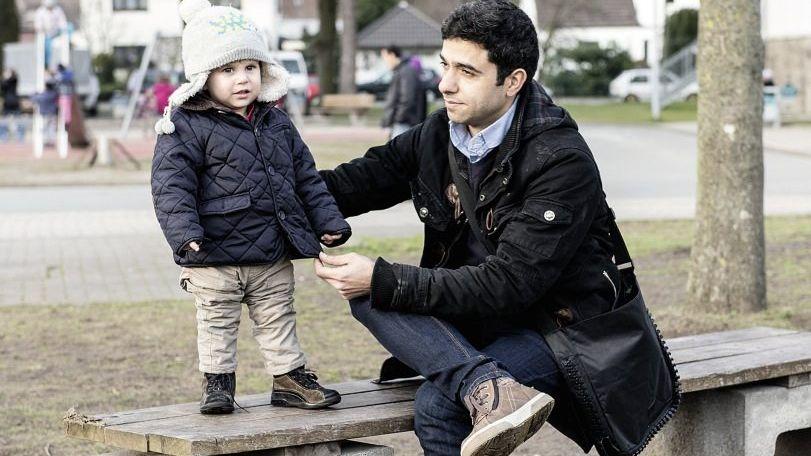 Flüchtling Jbili mit Sohn Kerem in Hamm: »Wir sehen uns bald wieder«