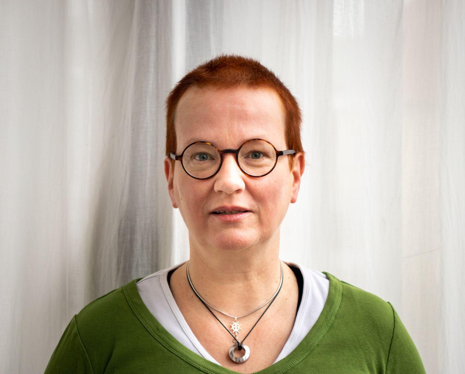 Dr. Anna Veronika Wendland